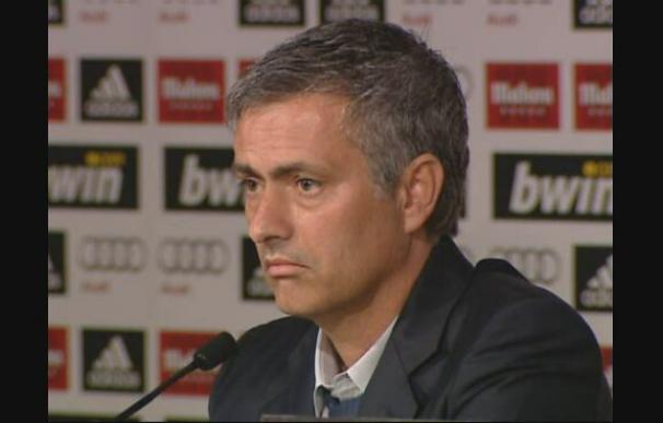 Mourinho: no soy antibarcelonista y no quiero pensar en el Barcelona en estos momentos