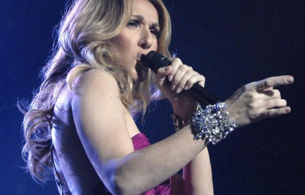 Celine Dion espera mellizos a los 43 años