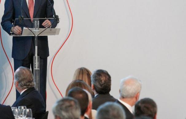 El Príncipe valora la determinación y coraje de los periodistas vascos frente a ETA