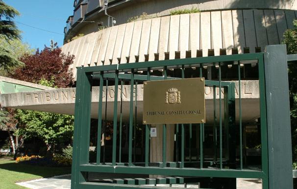 El TC admite el recurso de inconstitucionalidad del Gobierno de La Rioja contra el Concierto Vasco