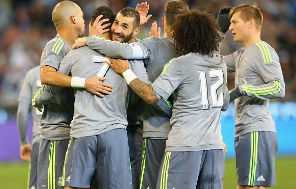 Los jugadores del Real Madrid celebran uno de los goles al Manchester City