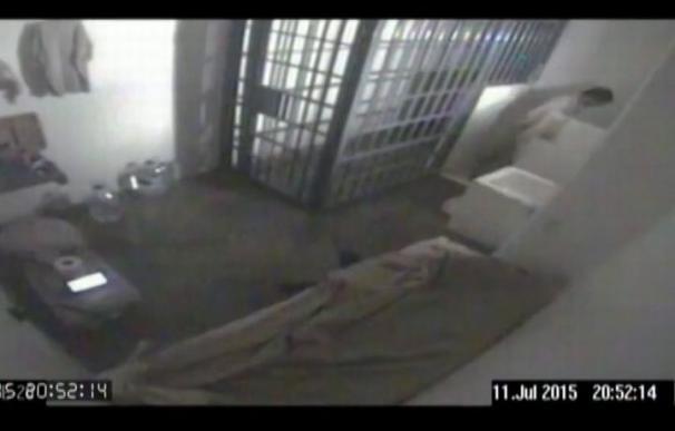 Imagen de la celda de 'El Chapo' Guzmán en la prisión El Altiplano cuando se fugó por segunda vez