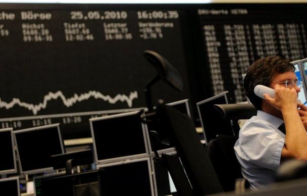 Las pérdidas se imponen en las bolsas por dudas sobre solvencia de eurozona