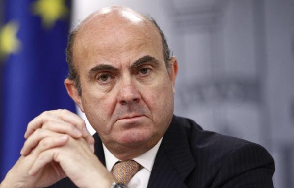 """Guindos cree que sería """"una buena noticia"""" que Grecia decidiera pedir una extensión del programa de ayuda"""