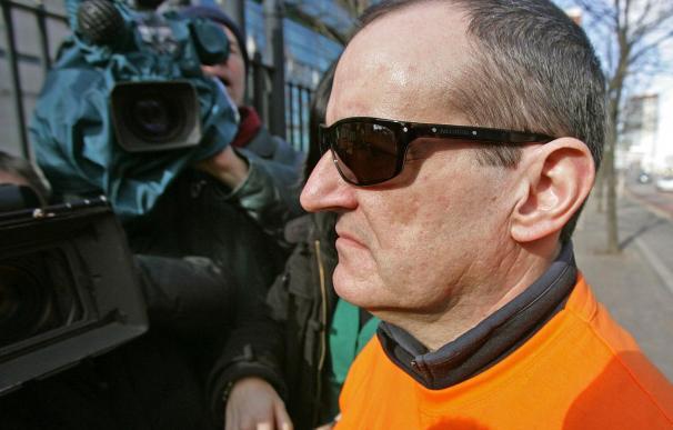 La Justicia norirlandesa revocará la libertad condicional de De Juana, en paradero desconocido
