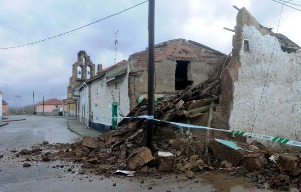 Una mujer resulta herida por el derrumbe parcial de una casa en León