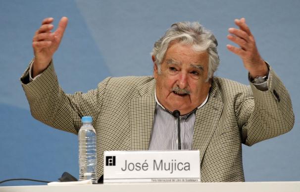 """Mujica dice que Maduro """"está loco como una cabra"""" y recalca que Almagro """"no es ningún traidor"""""""
