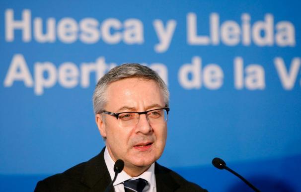 """Blanco afirma """"no le pido al PP que deje de defender sus ideas sino que las integre"""""""