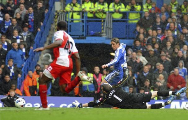 Fernando Torres firma un triplete en el 6-1 del Chelsea