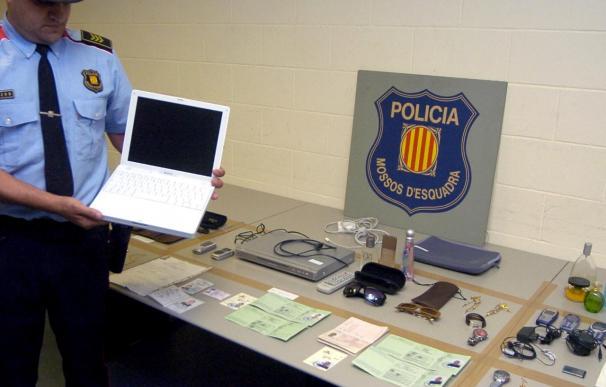 El juez encarcela a 17 delincuentes por robar en 70 bares y tiendas de Badalona