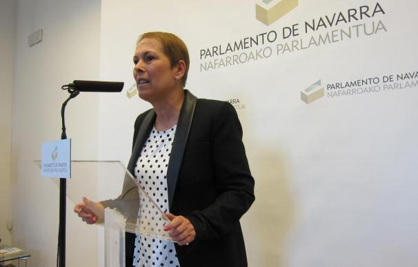 """Uxue Barkos destaca que la constitución del Parlamento navarro es """"el primer paso hacia el cambio"""""""
