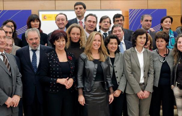 Sanidad y las CC.AA. acuerdan crear un Libro Blanco para mejorar la coordinación sociosanitaria