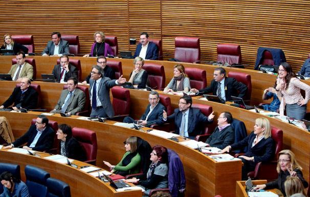 El debate sobre el Cabanyal acaba en bronca parlamentaria con gritos y palmas