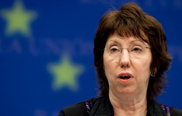 """Ashton define como """"cooperación estratégica"""" la relación entre la UE y Rusia"""
