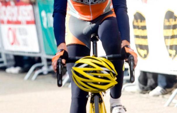 Rasmussen gana la contrarreloj y Rogers se convierte en el nuevo líder de la Vuelta de Andalucía