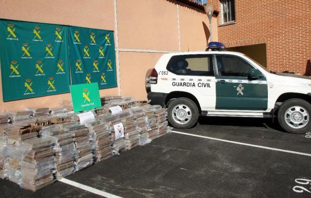 Detenidos 15 narcotraficantes e incautadas dos toneladas de hachís