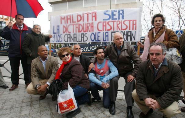 El Gobierno y los partidos lamentan la muerte de Zapata y piden más democracia en Cuba