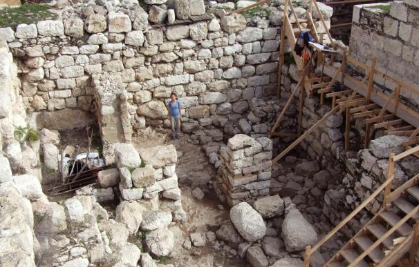 Encuentran en Jerusalén una muralla que podría ser obra del Rey Salomón