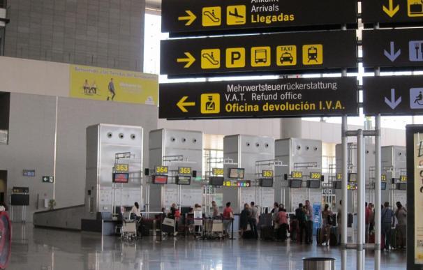Los nueve vuelos desviados a otros aeropuertos por un fallo en la torre de control vuelven a Málaga