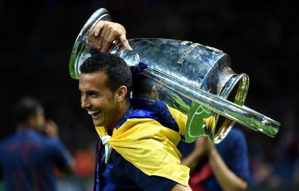 La baja de Neymar frena la salida de Pedro.
