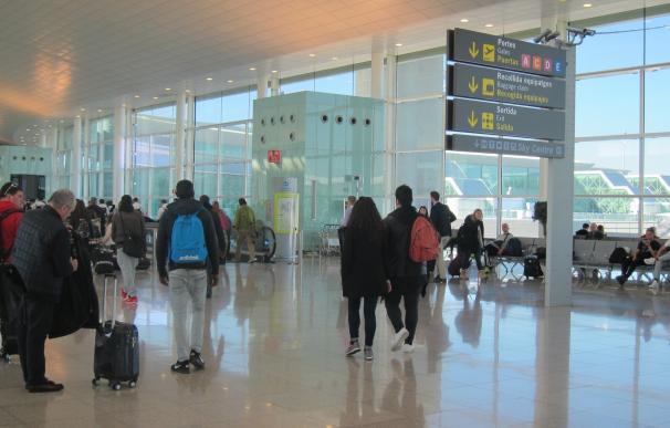 La primera jornada de huelga de controladores franceses cancela 12 vuelos en Barcelona