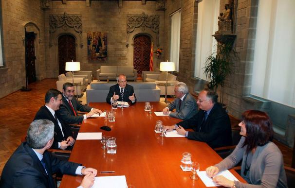 Tripartito y CiU no se ponen de acuerdo en dónde presentar la reforma del Tribunal Constitucional