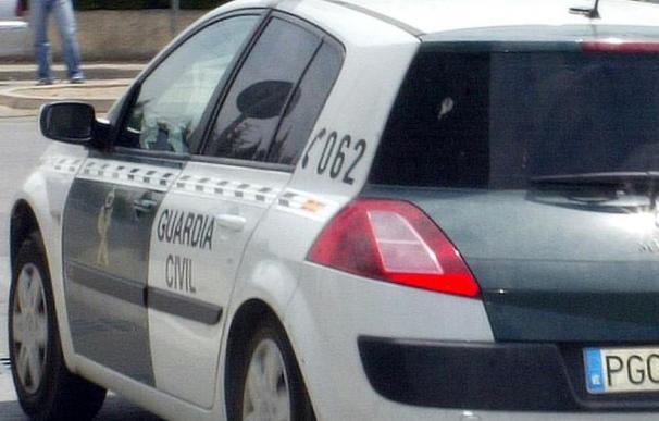 Un hombre atraca una sucursal bancaria en Guntín tras amordazar 2 empleados