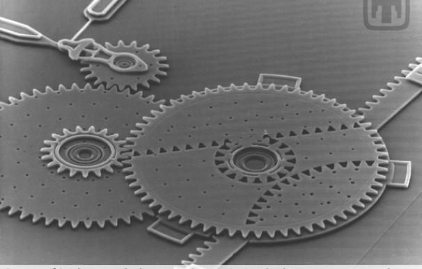 Nuevo proceso para la fabricación de sistemas microelectromecánicos
