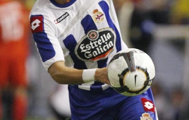 Zé Castro, ausente por molestias digestivas a dos días de su vuelta al once del Deportivo