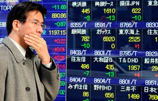 El indice Nikkei sube 18,47 puntos, el 0,18 por ciento, hasta 10.120,43