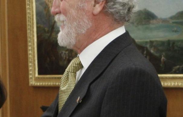 El cónsul afirma que la española presa en Houston por incumplir una custodia saldrá en 15 días