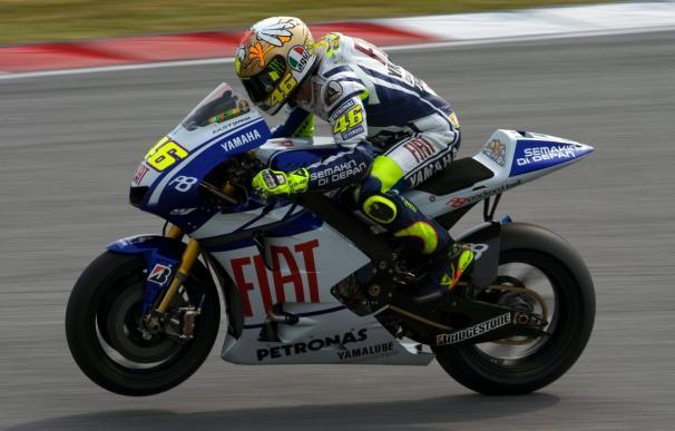 Rossi vuelve a ser el más rápido en los entrenamientos de Sepang