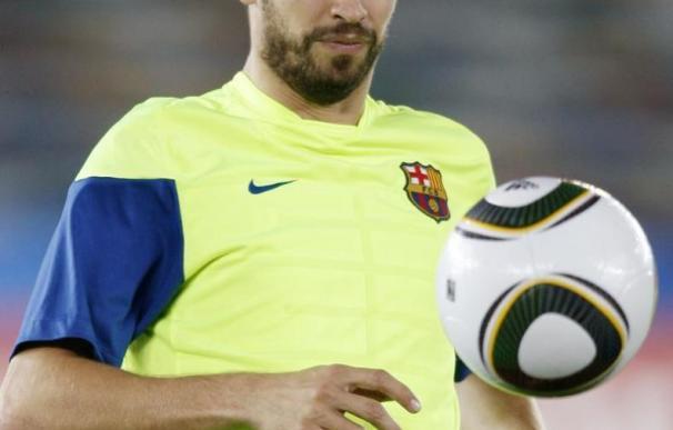 Piqué renueva con el Barcelona hasta el 2015, con una cláusula de 200 millones de euros