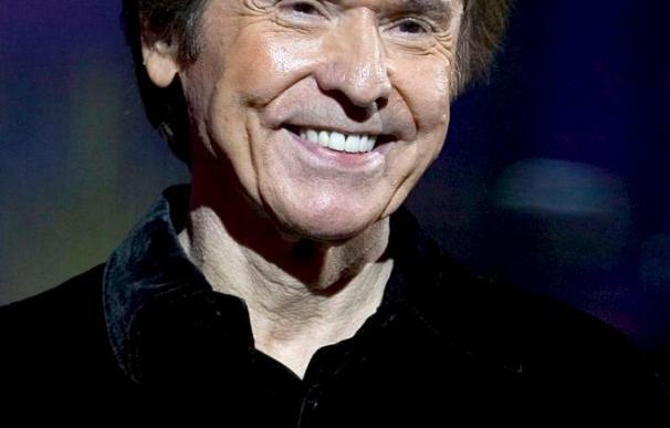Raphael perdió un diente durante triunfal presentación en Festival de Viña