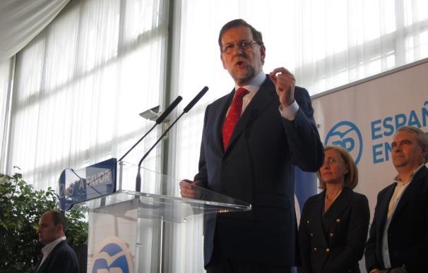 """Rajoy reafirma que va a """"plantar cara"""" a los que """"quieren llevar a España por una deriva radical"""""""