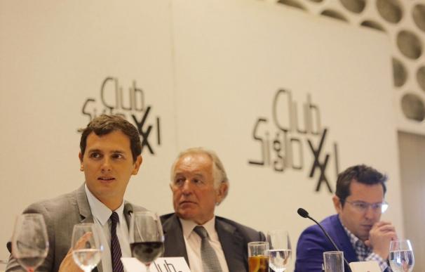 Rivera reprocha al PP que carezca de sentido del humor por el vídeo sobre Rajoy leyendo el Marca