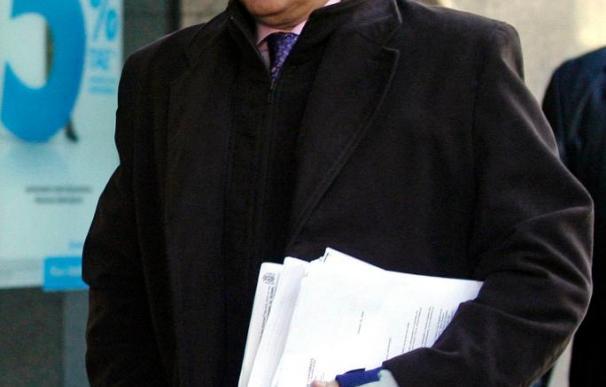 La Fiscalía dice que suspender a Garzón iría contra la independencia judicial