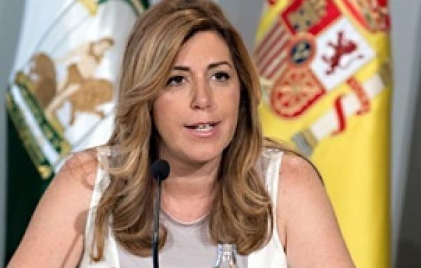 Susana Díaz felicita a Javier Fernández por su toma de posesión como presidente de Asturias