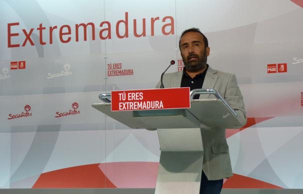 """El PSOE extremeño critica que Rajoy se esté """"paseando"""" por la región """"sin conocer los problemas reales"""" de la comunidad"""
