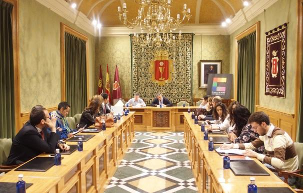 Designadas 585 personas para componer las mesas electorales en la ciudad de Cuenca