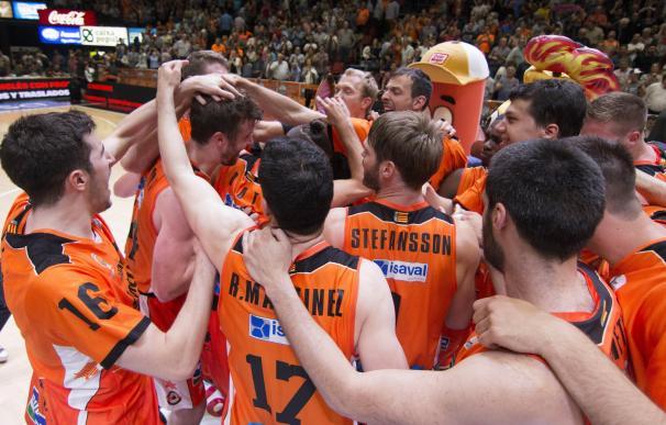 Valencia Basket asalta Málaga y espera rival en 'semis'