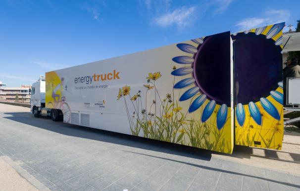 La capital acoge 'Energytruck', una exposición itinerante sobre energía, medio ambiente y patrimonio industrial
