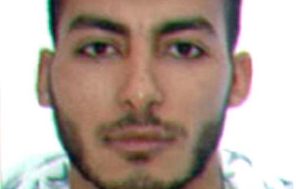 Prisión para el acusado de dirigir un grupo que captaba terroristas en Internet