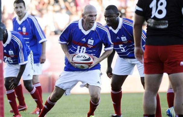 Zidane también es mago en el rugby