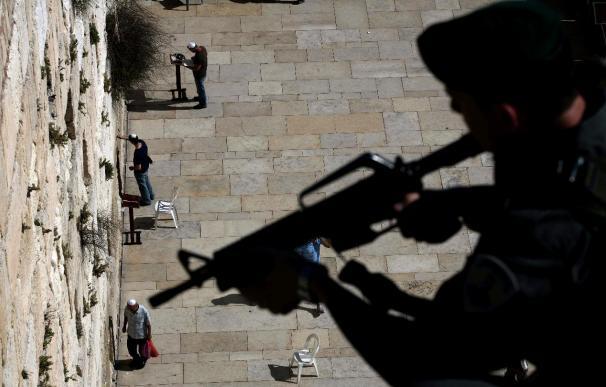 Netanyahu dice que Jerusalén nunca será dividida, al conmemorar su ocupación
