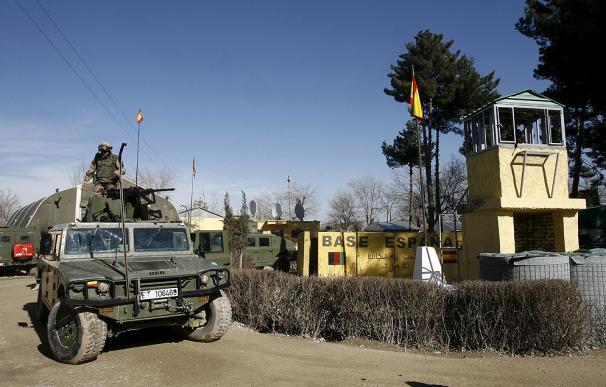 En un comunicado, los talibanes se atribuyeron la responsabilidad por las muertes de dos guardias civiles y un intérprete españoles a manos de un chófer de la Policía afgana en una base militar en la provincia noroccidental afgana de Badghis.