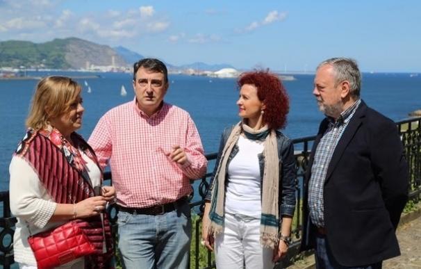 """Esteban (PNV) acusa a los cuatro grandes partidos estatales de """"no haber aprendido nada"""" y seguir """"mirándose al ombligo"""""""