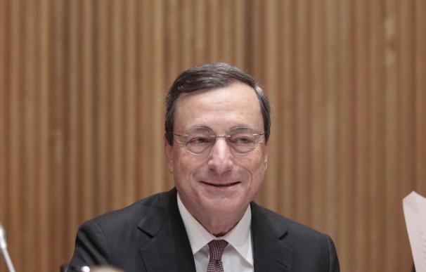 "Draghi (BCE) critica al Gobierno griego por hablar de ""quiebra"" e ""insolvencia"""