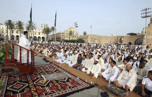 Los países árabes celebran un fin de Ramadán empañado por los conflictos