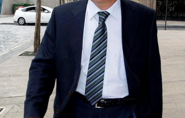 El Gobierno de Zaragoza decide hoy si se retira del proceso contra Becerril